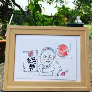 沖縄で似顔絵描いてますよ。