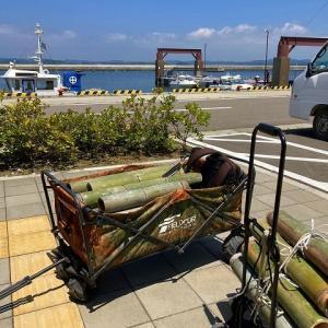 すっかり夏の海でした!島の竹を運んできました。2021.07.16