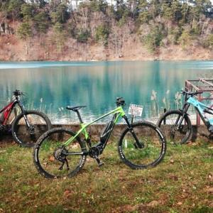 初冬の山をe-bikeで楽しむ こんな楽しみ一緒にいかが?