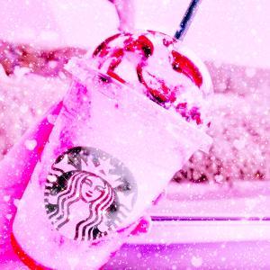 STARBUCKS COFFEE ♡ ストロベリーフラペチーノ with チョコレートソース♡