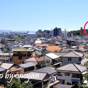 高知城百景 - 第57景 磐上神社(薫的大和尚之墓所)から見た高知城