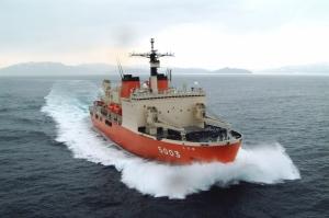 いよいよ明日!砕氷艦「しらせ」、南極へ向け出港。