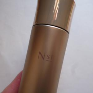 Nst(エニスト)の化粧水 The base lotion