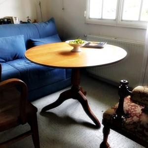 アンティークの家具