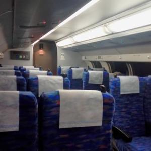 成田空港電車待ち、あんなに長蛇の行列だったのに、やっと乗れたJRの様子