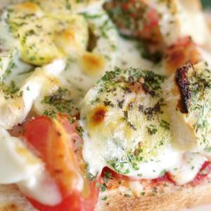 カマンベール追加でダブルチーズの 鶏ハム親子ピザトースト