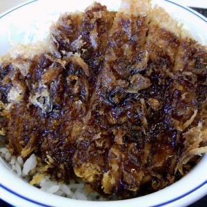 かつや の ソースカツ丼 豚汁(大)♪ (●^o^●)