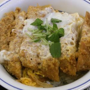 かつや の カツ丼 豚汁 (大)♪ (●^o^●)