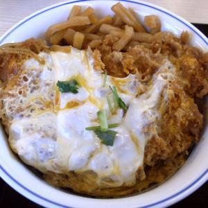 かつや の カツ丼 豚汁(大)♪(●^o^●)