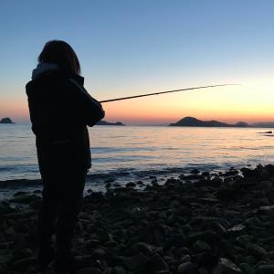 ミミズとイカの憂鬱、あぁ神よ救ってください釣り師たちから