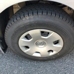 タイヤをスタッドレス・タイヤに交換