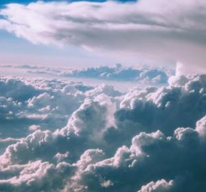 曇り気味な日常