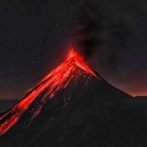 【グアテマラ】地球の息吹を感じるか?!アカテナンゴから見るフエゴ火山の噴火~ツアー詳細まとめ