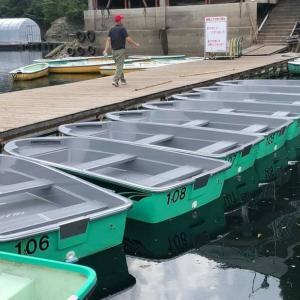 免許不要艇が津風呂湖に❗