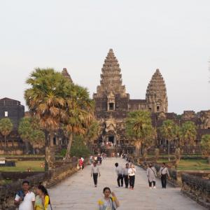 世界一周のためのUSドルをお得に調達する!カンボジアでUSドルをATMキャッシングする方法