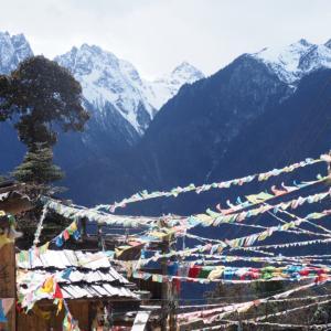 チベット世界の桃源郷へついに到着!中国雲南省・西当村から雨崩まで標高3200mまでの高山秘境トレッキング