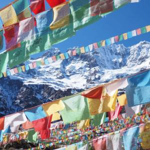 中国の秘境で雪山の絶景!雨崩からチベットの聖地・神瀑へトレッキング