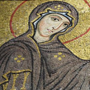 黄金に光り輝くモザイク画の世界!イタリア・シチリア島パレルモの「マルトラーナ教会」でビザンティン芸術に酔いしれる