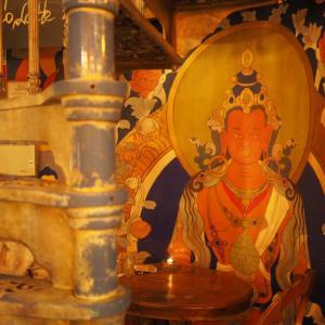 ラトビアで仏教画?!リガで2つの素敵なカフェを巡ったらどちらも不思議で神秘的な雰囲気だった
