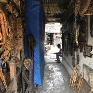 松任谷由実の名曲「スラバヤ通りの妹へ」に導かれ、インドネシアの首都ジャカルタのスラバヤ通りへ行って来た