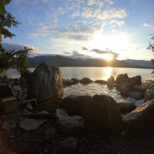 「コタン温泉露天風呂」は屈斜路湖の絶景を眺めながら入浴できる素晴らしき無料野湯だった
