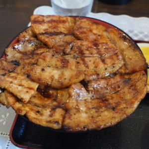 メニューが豊富!帯広名物の豚丼を食べに「ぶたいち帯広本店」を訪れた