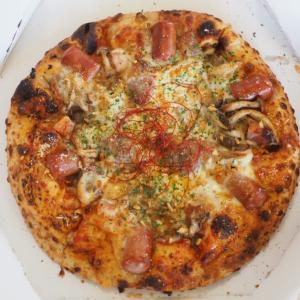 北海道の道の駅「くろまつない」で食べたきのこのピザが絶品だった