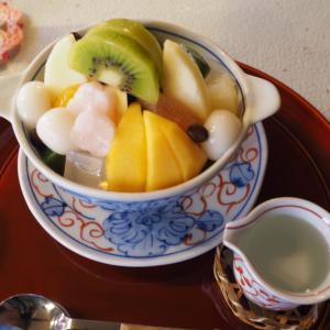 和洋折衷で素敵なレトロカフェ!函館の旧茶屋亭でフルーツあんみつセットをいただいた