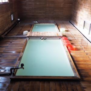 地獄から極楽まで一気に体験!青森県恐山は参拝中に温泉に無料入浴できる珍しいお寺だった