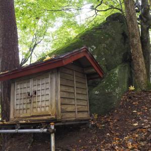 竹内文書によって発見された?!青森県新郷村にある大石神ピラミッドは日本古来の岩石信仰を感じさせた