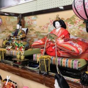 磐田市のO様は大きく豪華な三段飾りのお雛様