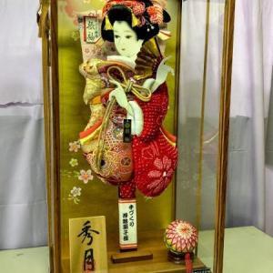 浜松市浜北区のY様より磐田市豊岡のS様へ大きく立派な高級羽子板飾り