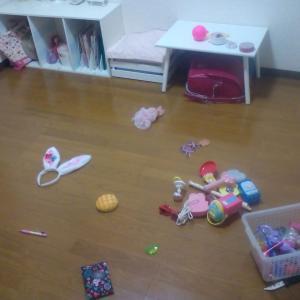 ものがないと散らからない!おもちゃの断捨離効果を実感!