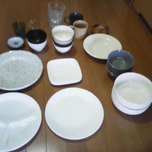 ミニマルなキッチン・食器の総数はこれだけ!