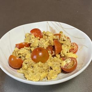 残り物でアドリブ料理 切り干し大根とトマトのとろとろ卵炒め    (きじまりゅうた NHK )