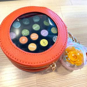 最近身の回りにはオレンジばっかり!可愛いドーナツ型アロマポーチは持ち運びに便利!