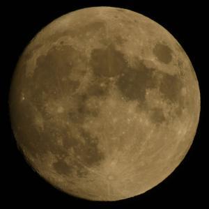 ほぼ満月と木星