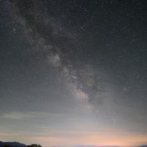 夜空で輝度差の大きい被写体を共存させるには?