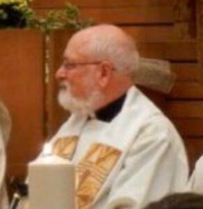 ウィリアム・グリム神父は聖体拝領のために跪く外国人信徒をいまだ拒絶している(2019年10月27日)