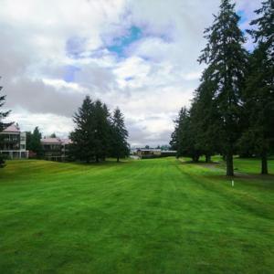 寒かった曇り空の下でゴルフ  ~ オヒョウ鍋