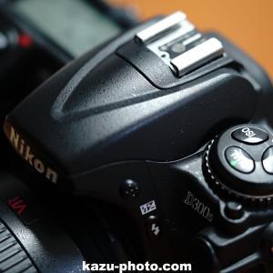 デジタル一眼カメラ 肩液晶の修理代と液晶保護フィルムについて!