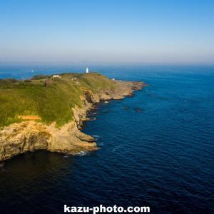 城ヶ島の赤羽根海岸から断崖絶壁を空撮!@神奈川の絶景スポット