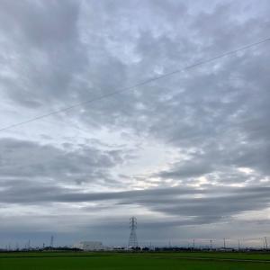怪しい雲が立ち込める空 ・ 7月15日水曜日