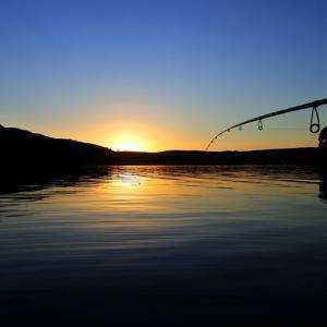 紅葉の道東2泊3日、湖でトラウト釣りたいけん