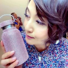 藤原紀香、キラキラのデコ水筒を紹介するも賛否の声「中身は水素水?」