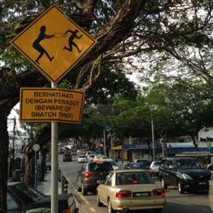 人気クレープ店衛生面つまみ食い事件・マレーシアの衛生面って? 人気クレープ店キャラクレのニュースについて