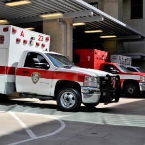 救急車を呼ぶか悩んだ時の連絡先と緊急時の応急処置のポイント。