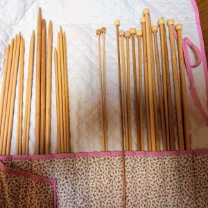 棒針編みのメザメ