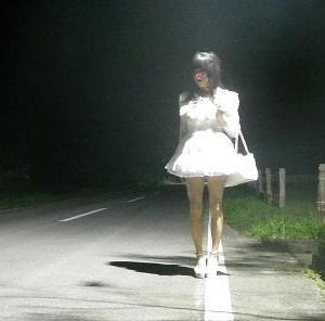 深夜の林道