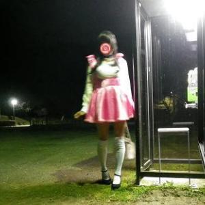 深夜の電話ボックス